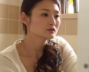 Japanese woman cuckold (Full: shortina.com/CmvmvCY)