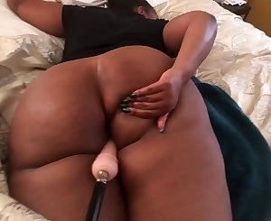 Ghetto booty fucked with sex machine