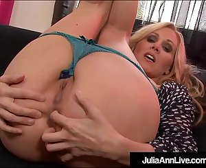 Pussy Rubbing Milf Julia Ann Clamps Nipples While She Bates!